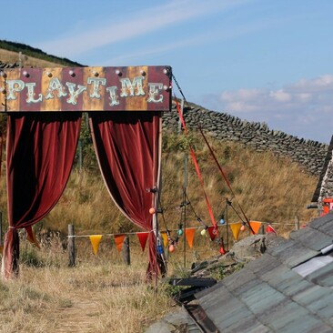 Withnail And I Set Dressing Provided By Picnic Cinema Medium
